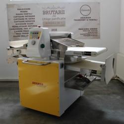 Masina de foietaj SEWEER RONDO KOMBI 3000